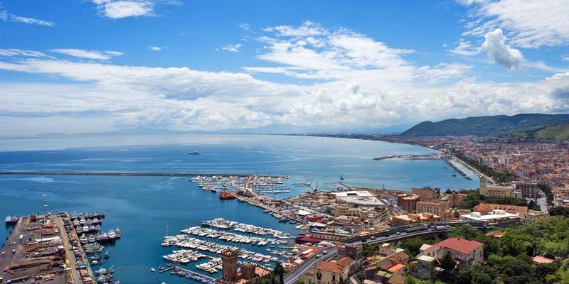 El puerto de Salerno